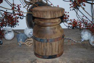 kandelaar oud hout
