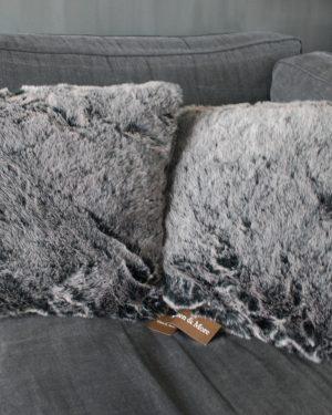 kussen-alaska-light-grey